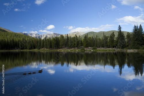 Deurstickers Meer / Vijver Echo Lake Mountain Scenic