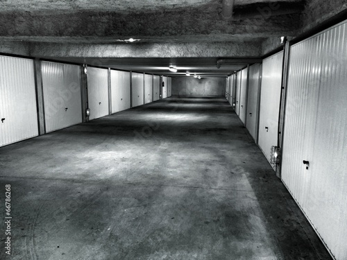 Obraz na plátně Garage souterrain