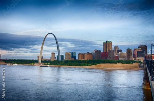 early morning Cityscape of St. Louis skyline in Missouri state Billede på lærred