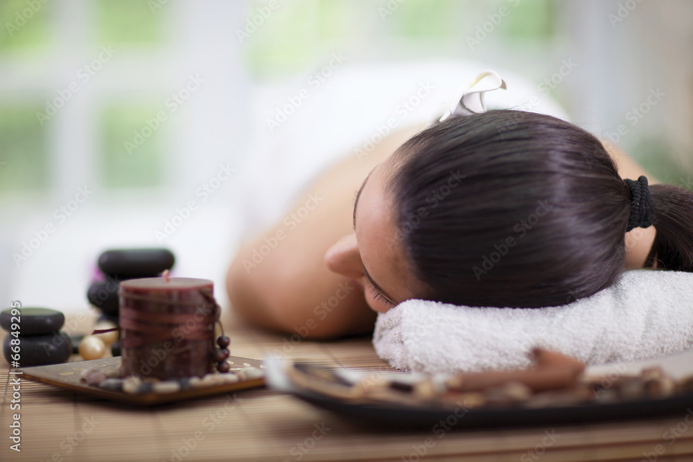 Fototapeta beautiful woman in spa salon