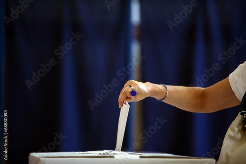 Obraz na plátně  Voting hand