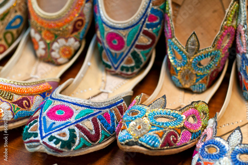 Papiers peints Maroc Traditional colorful Arabic slippers