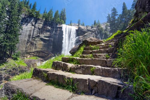 Photo  Mist Trail, Yosemite National Park