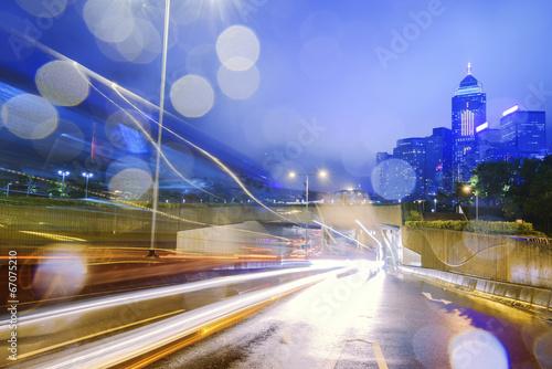 Photo  traffic with blur light through city at night