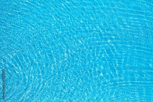Im blauen Wasser gesunken