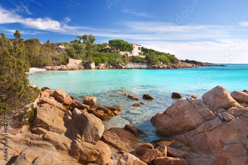 Photo  Strand mit türkisfarbenen Wasser