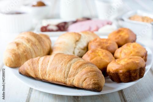 Deurstickers Bakkerij Golden croissants