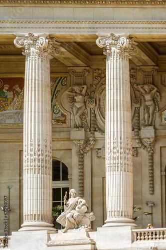 Facade detail of  Grand Palais, Paris Fototapete
