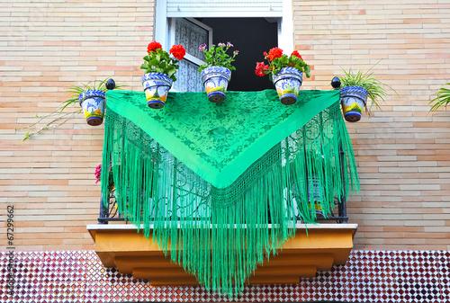 Fotografia, Obraz  Balcón andaluz en día de fiesta, Andalucía, España