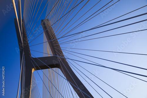 most-na-tle-pieknego-nieba
