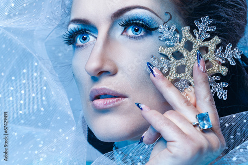 Fototapety, obrazy: Snow Queen and Snowflake