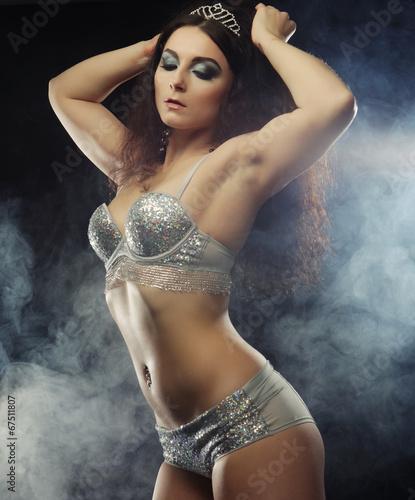 Fototapeta young sexy striptease dancer obraz na płótnie