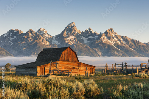 Fototapeta A Sunrise of Moulton Barn in the Grand Teton National Park, WY