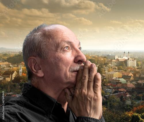 Fotografie, Obraz Senior man praying