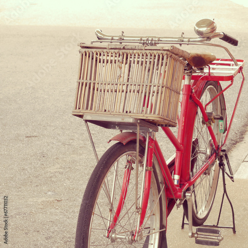 Fotobehang Fiets red bike old retro vintage style