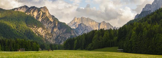 fototapeta Alpy w zachodzącym słońcu
