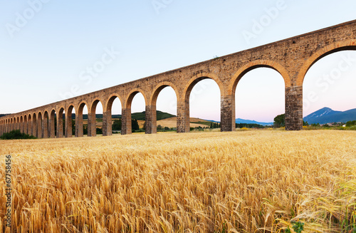 Fotografia Acueducto de Noain near Pamplona