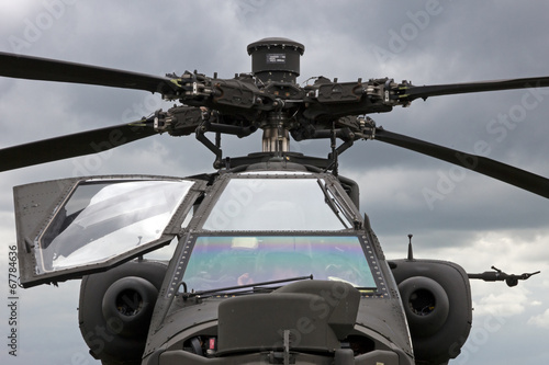Apache attack helicopter Wallpaper Mural
