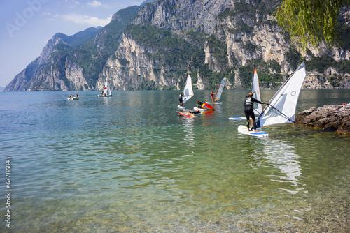 Wind Surf su Lago di Garda Riva Del Garda