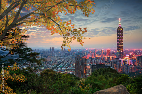 Fototapeta premium Taipei, Tajwan wieczorem panoramę