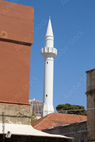 Fotografia  Old minaret of Turkish mosque in Rhodes, Greece