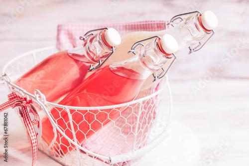 Foto-Tapete - Berry lemonade (von oksix)