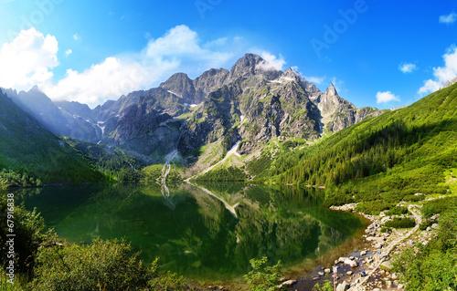Fototapeta Oko Denny jezioro w Tatrzańskich górach