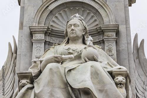 Obraz na plátně Queen Victoria Memorial (1911) near Buckingham Palace, London UK