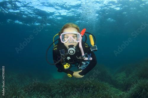 Canvas Prints Diving Young Woman Scuba Diving