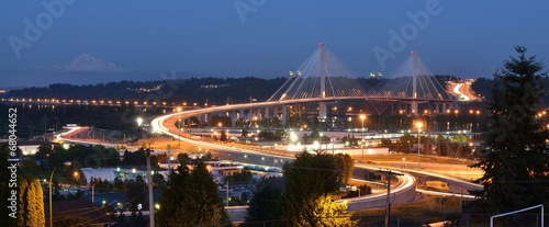 In de dag Brug The New Port Mann Bridge