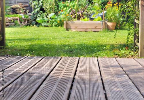terrasse bois et jardin Fototapete