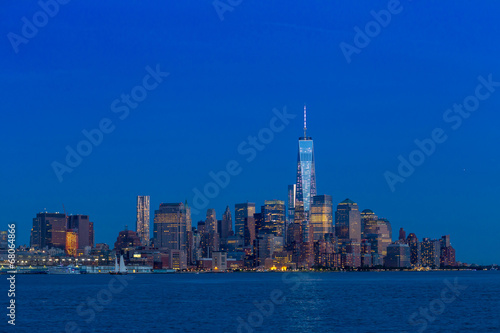 Photo  Manhattan Skyline from Jersey at twilight