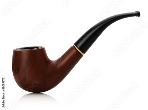 Fotografia  Tobacco pipe isolated on white background