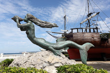 Mermaid Sculpture At Historic ...