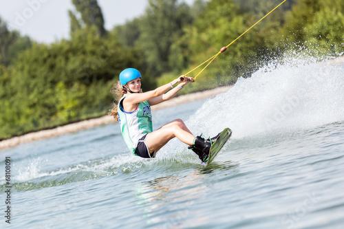 Fotografie, Obraz  Geschwindigkeit auf dem Wakeboard