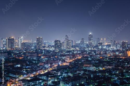 In de dag Aziatische Plekken City at night