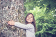 canvas print picture - Girl under big Tree, retro