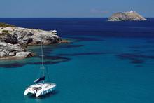Catamaran Dans Le Cap Corse