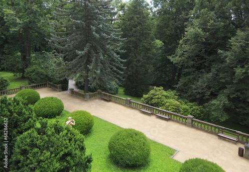 Foto op Canvas Tuin Beautiful garden of the castle Konopiste