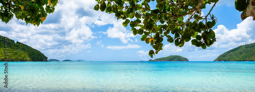 Tuinposter Caraïben Beautiful Caribbean beach