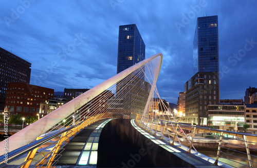 Fotografie, Obraz  Pedestrian bridge in the city of Bilbao, Spain