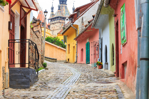 Medieval street view in Sighisoara, Romania Tablou Canvas