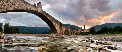 Bridge of Bobbio Canvas Print
