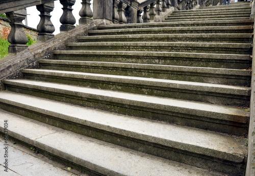 Papiers peints Escalier stone stairs
