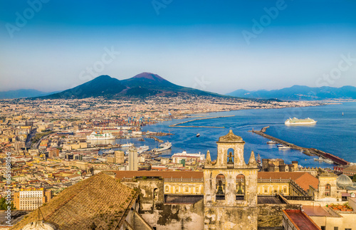 Poster Napels Aerial view of Naples (Napoli) with Mt Vesuvius at sunset, Italy