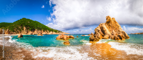 Photo  Beach scenic panoramic view in Costa Paradiso, Sardinia