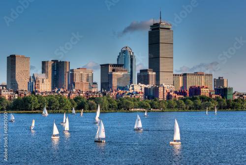 Fotografie, Obraz  Boston Skyline a Plachetnice