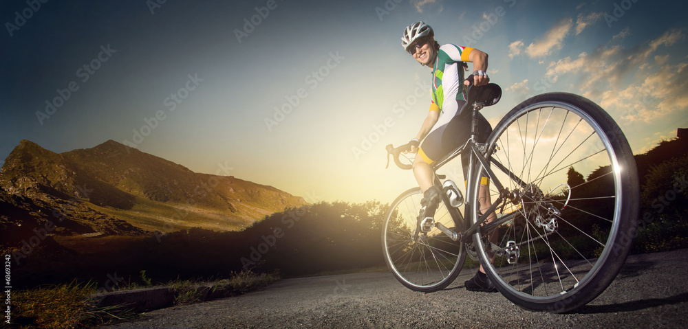 Fototapeta Road cyclist