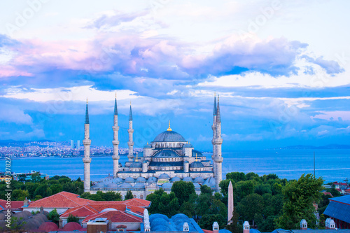 Photo  Blue Mosque in Istanbul, Turkey, Sultanahmet district