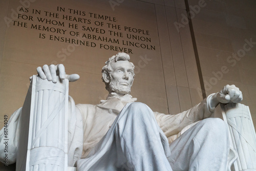фотография  The statue of Abraham Lincoln, Lincoln Memorial, Washington DC
